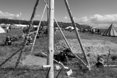 800-Angreb-på-lejren-15