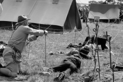 800-Angreb-på-lejren-19